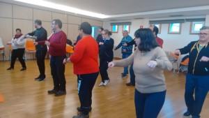 Los participantes del Taller de Baile en pleno ensayo